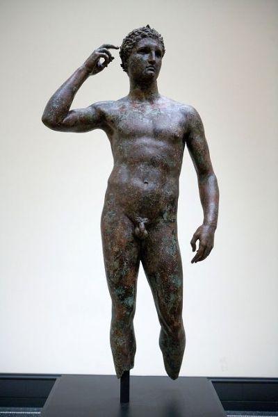 年輕勝者之像(The Victorious Youth),J. Paul Getty 美術館藏。
