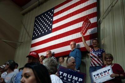 「川普現象」背後是美國反全球化情緒和中產階級流失等問題。(美聯社)