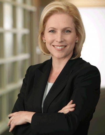 接替希拉蕊擔任紐約州聯邦參議員的陸天娜是2020年民主黨潛在總統候選人之一。(圖/Gillibrand2010@維基百科CC BY-SA 2.0)
