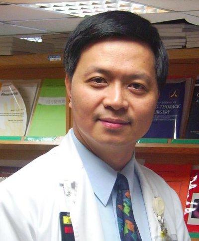 20161117-SMG0045-010-天如專題-亞東醫院放射腫瘤科主任熊佩韋。(摘自亞東醫院網站)