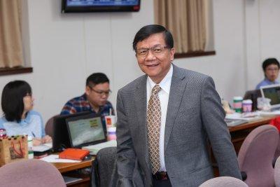 20161130-經濟部長李世光30日於立院備詢。(顏麟宇攝)