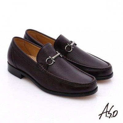 A.S.O鞋面使用手縫包仔鞋作法,入腳容易,極簡線條設計呈現優雅的紳士風格。(圖/A.S.O提供)