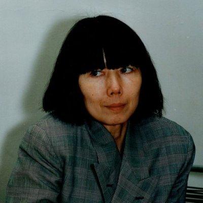 川久保玲是日本1980年代時裝設計界的反傳統領軍人物。(BBC中文網)