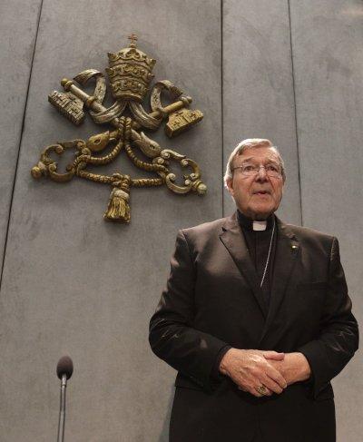 遭控性侵的澳洲籍樞機主教佩爾首次出庭。(美聯社)