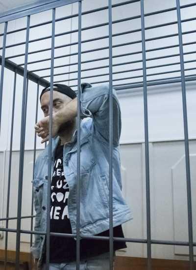 俄羅斯名導塞雷布瑞尼科夫被控盜用公款,23日出庭應訊(AP)