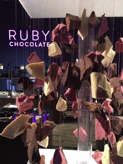 粉紅色的紅寶石巧克力5日在中國上海首度亮相(取自Barry Callebaut官網)