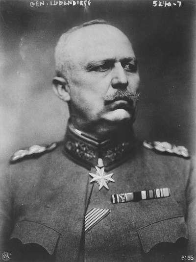 德意志帝國參謀總長艾瑞希·魯登道夫(Erich Ludendorff),為德國的著名將軍,同時也是第一次世界大戰時的重要主將。(取自維基百科 / 公有領域)