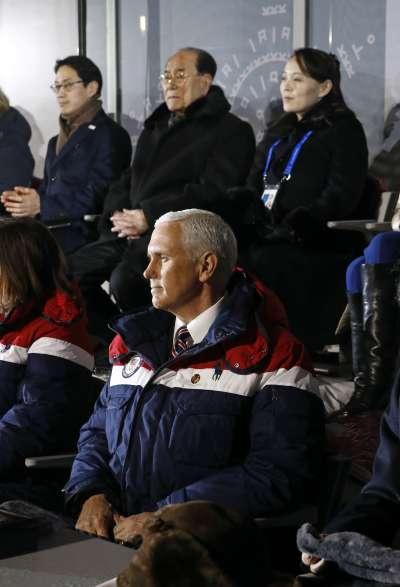 2018年2月9日,平昌冬奧開幕式隆重登場,北韓領導人金正恩之妹金與正和美國副總統彭斯近在咫尺(AP)