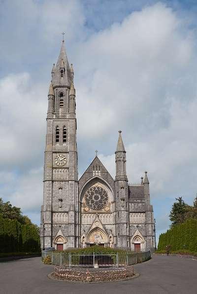 羅斯康蒙的居民宗教信仰仍相當虔誠,突圍當地天主教堂聖心堂。(Andreas F. Borchert@Wikipedia/CC BY-SA 4.0)