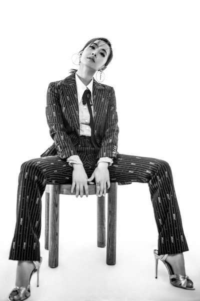 蔡依林的衣著、妝容,總是走在最前端,引領時尚風潮。(圖/截自蔡依林臉書)