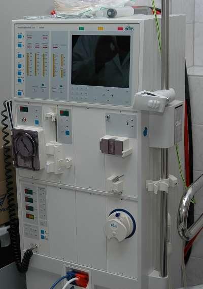 血液透析機(圖/維基百科)
