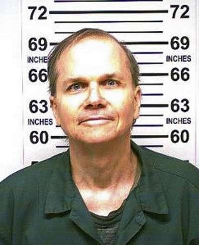 1980年槍殺搖滾巨星約翰藍儂(John Lennon)的凶手查普曼(Mark David Chapman),現在仍在監獄服刑。(AP)