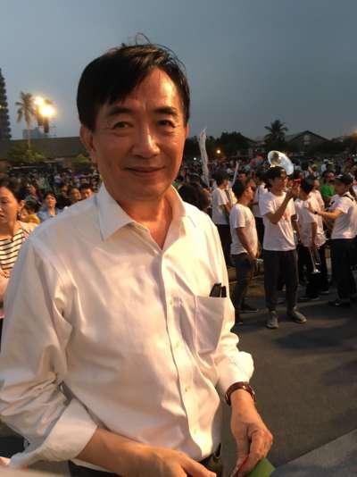 20171118-交通部長吳宏謀參加weCARE高雄大遊行。(顏振凱攝)