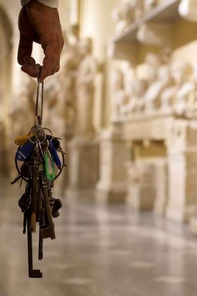 守護鑰匙的人。(曾廣儀攝)