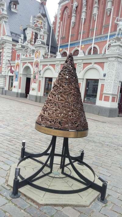 世界上第一棵聖誕樹(圖/謝幸吟提供)
