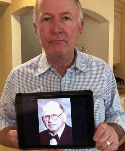 比爾跟珍妮有著類似的經歷。(圖/BBC中文網)