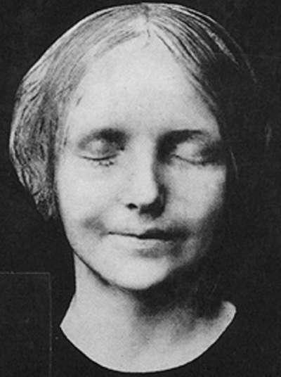 塞納河的無名少女。(圖片取自維基百科)