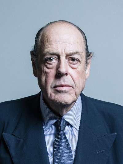 英國保守黨議員、二戰英相邱吉爾的外孫索梅斯,因為阻止無協議脫歐遭開除黨籍。(英國國會_CCBY3.0)