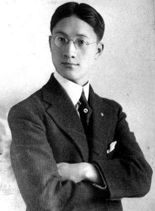 文學巨擘—徐志摩。(圖片取自維基百科)