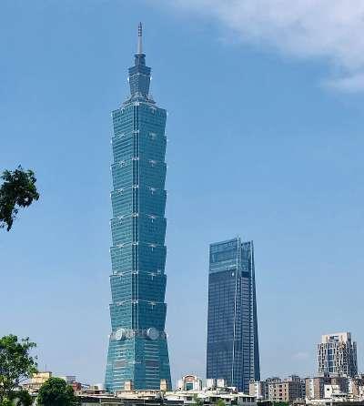 曾為世界第一高的台北101(圖/維基百科)