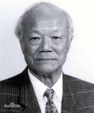 黃順興,台灣早期黨外運動人士,是台灣白色恐怖時期國民黨迫害新聞自由的見證者之一,政治立場為支持兩岸統一,後定居北京,並曾任中華人民共和國第七屆全國人大常委會委員。(取自百度百科)