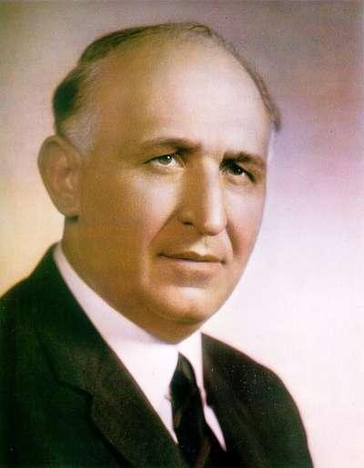 托多爾·日夫科夫(見圖)為保加利亞共產黨中央委員會第一書記,也擔任保加利亞人民共和國的國家元首和政府首腦,是東方集團在位最久的領導人。(作者劉燕婷提供)