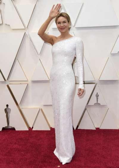 第92屆奧斯卡紅毯,憑電影《茱蒂》成為影后大熱門的女星芮妮齊薇格(Renee Zellweger)(AP)