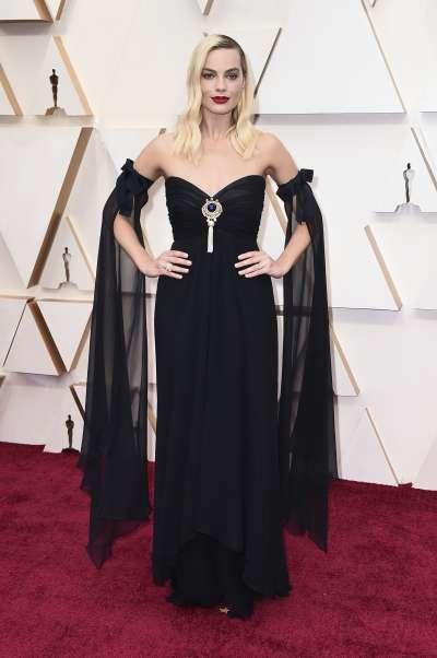 第92屆奧斯卡紅毯,入圍最佳女配角獎的女星瑪格羅比(Margot Robbie)(AP)