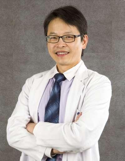 林雍球醫師(圖:群英整形外科診所提供)