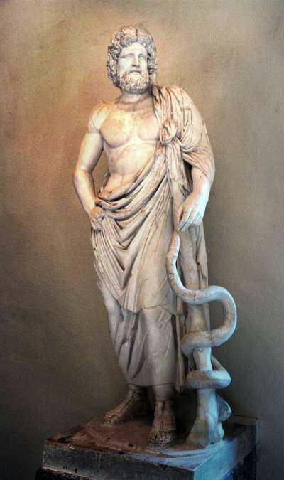醫神阿斯克勒庇俄斯(圖/翻攝自維基百科)