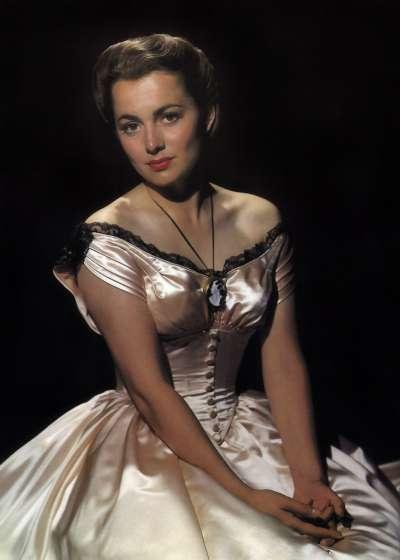 最後的亂世佳人,奧莉薇亞德哈維蘭(Olivia de Havilland),電影《聖塔菲小徑》(Santa Fe Trail)劇照(Wikipedia / Public Domain)