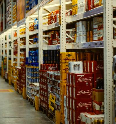 習慣購買美式賣場中的大包裝商品,以為「賺到了」?事實上正中了商家的圈套。(圖/Unsplash)