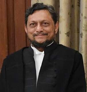 印度首席大法官鮑布德,因為詢問性侵犯「願不願意娶受害者?」遭輿論撻伐。(維基百科公有領域)