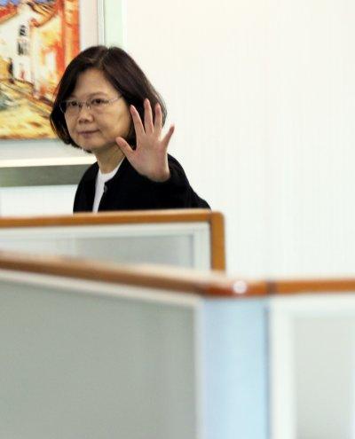 20161116-總統蔡英文下午出席民進黨中常會。(蘇仲泓攝)