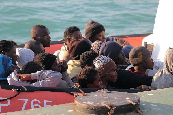 地中海墳場再傳慘劇 400移民葬身魚腹