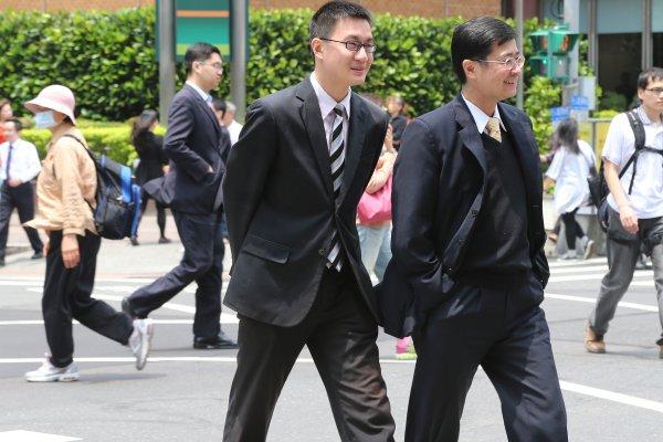 人才留不住? 台灣薪資倒退16年 8成上班族有意跳槽國外