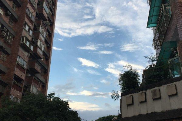 王彥喬時評:青年沒錢造夢 老弱租屋歧視,蔡朱的公宅怎解?