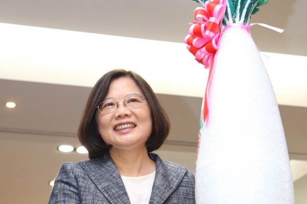 孫慶餘專欄:蔡英文要參加國慶,更要愛中華民國