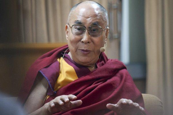 為巴黎祈禱? 達賴喇嘛:自己的問題自己解決 求神「不合邏輯」