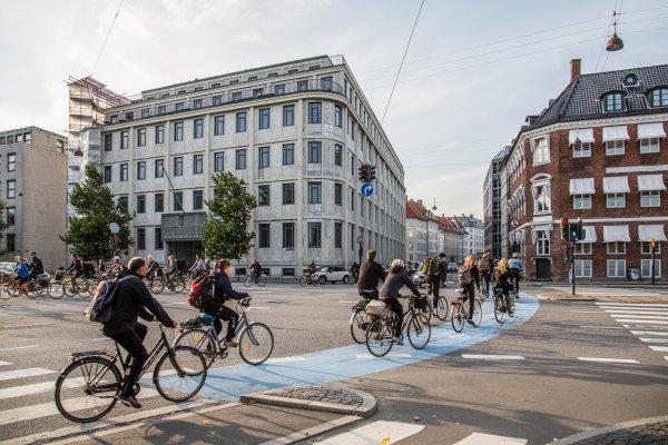 不怕破壞!全世界最高級的公共腳踏車,用最高規格服務市民