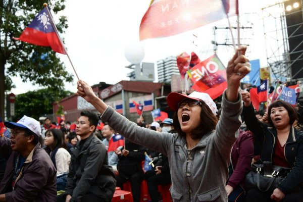 杜導斌專欄:國民黨的前途在成為臺灣的保守黨