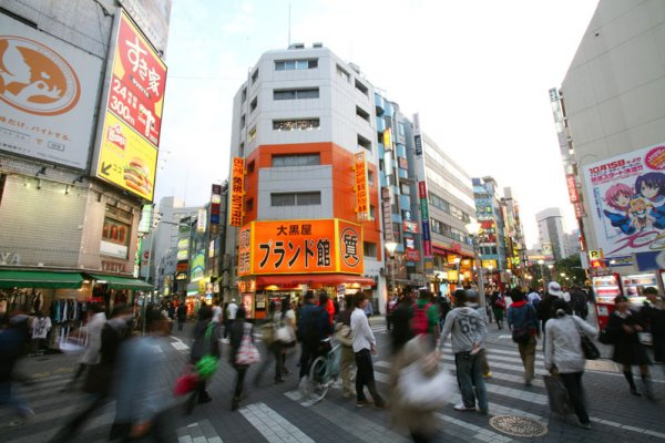 從一碗牛丼 看懂日本失落20年真相...