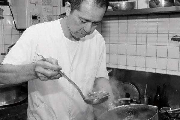 京都人愛吃的咖哩烏龍麵老店,飄香逾一甲子,第三代傳人:湯頭是我身體的一部分