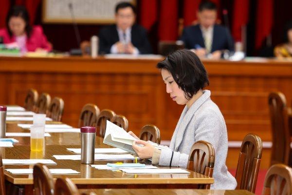 司法委員會審國會改革法案 余宛如帶幼兒入議場法案入列
