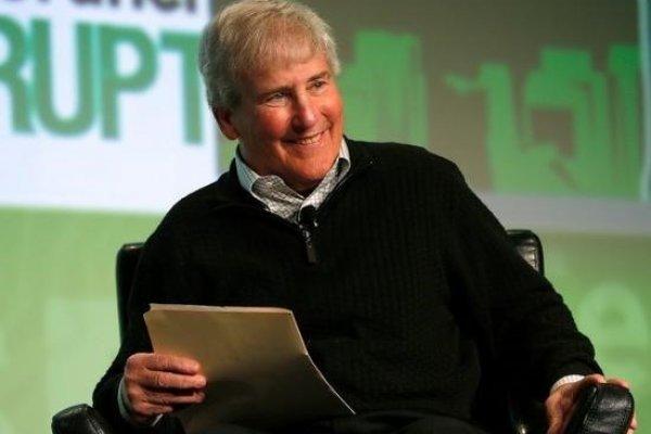 整個矽谷都為這位「導師」過世悲傷,賈伯斯、施密特、祖克伯是其密友弟子