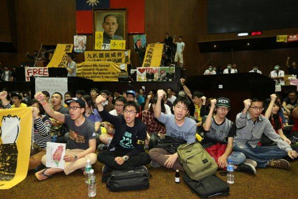 佔領立法院7年後的他們》訴訟纏身到馬祖當兵工作都沒完 他卻盼望再為台灣做件事