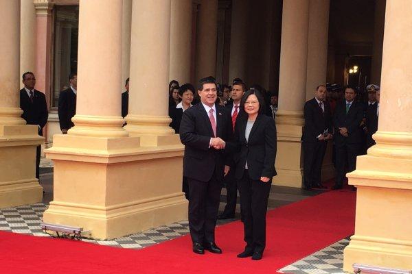 蔡英文訪巴拉圭 台巴簽航空運輸協定