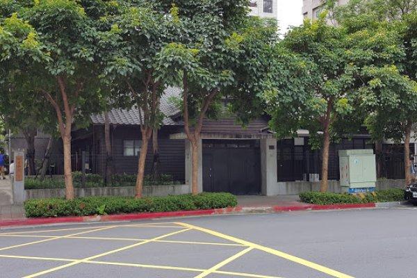 這條街說它是台北仙境應該沒人反對…日式房舍和數不清的老樹,靜謐氛圍讓人沉醉