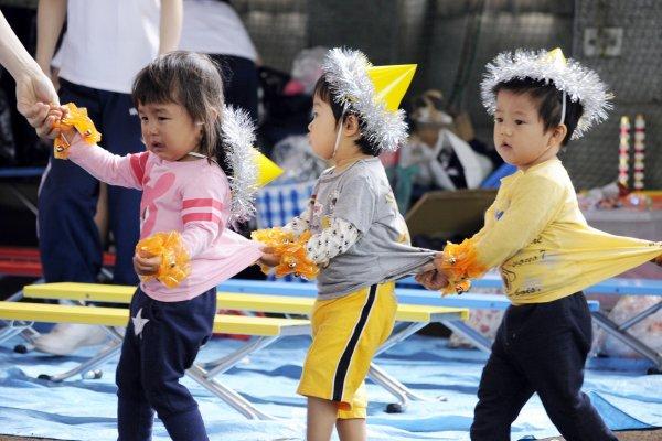 日本怪獸家長有多可怕?操場太熱、玩到受傷都能投訴,當老師的真是聖人啊…
