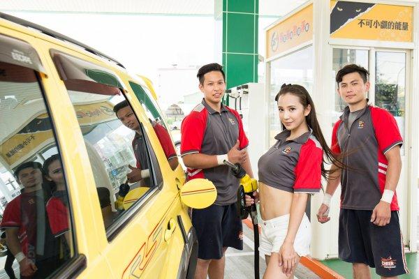 不僅亞洲車神,連賽車女神都稱讚 不可小覷的能量!